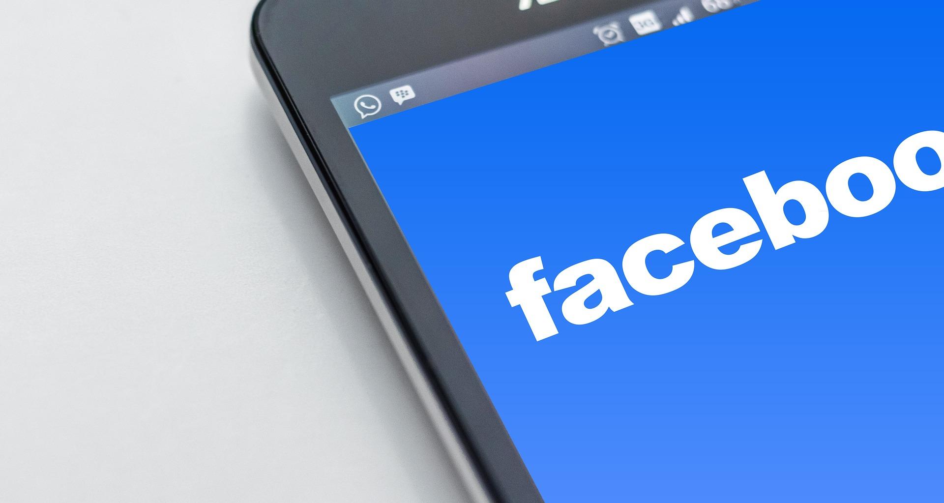 Creare reclame cu plata de la Facebook